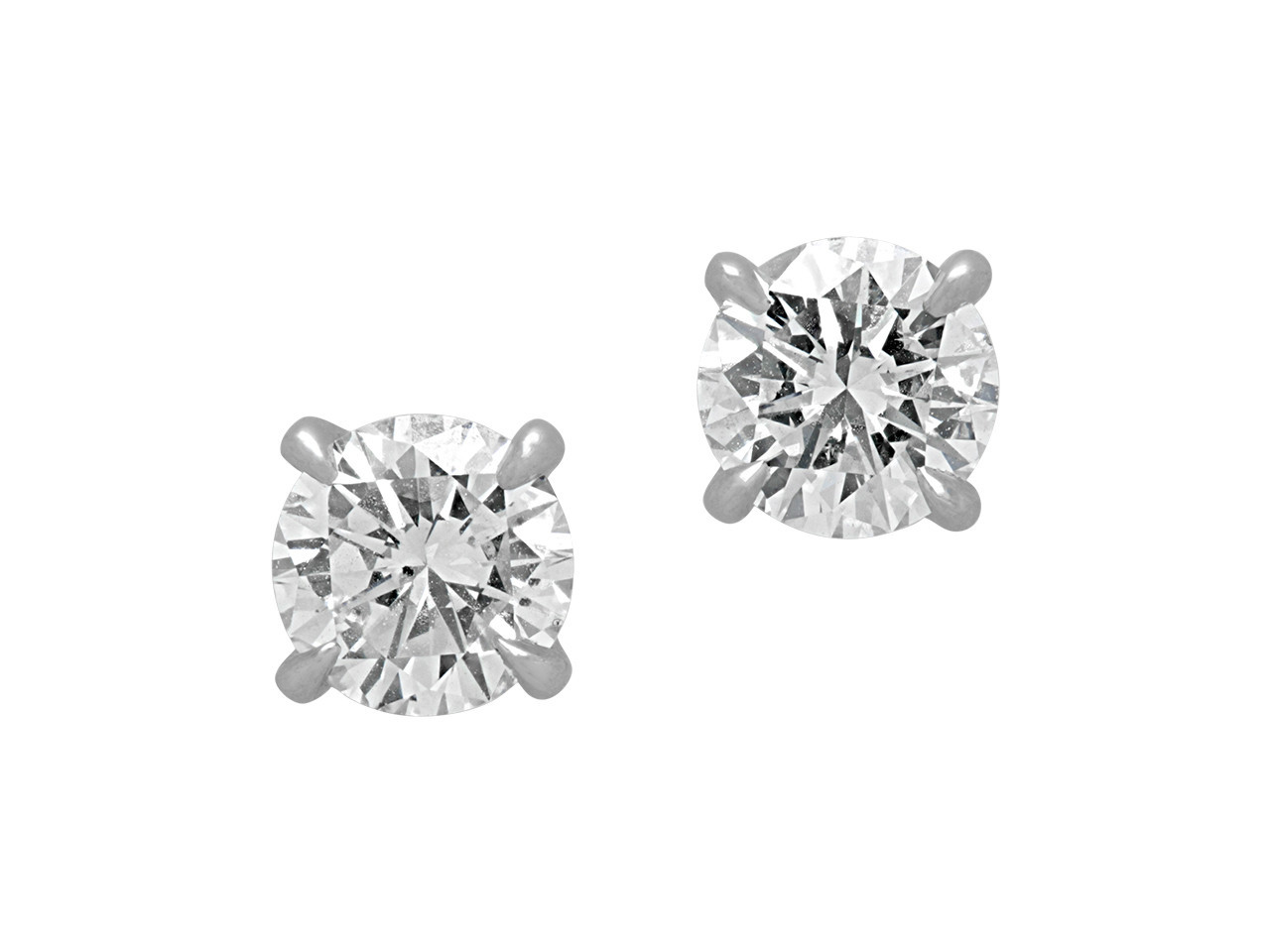 Beladora's Bespoke Diamond Stud Earrings set in platinum.