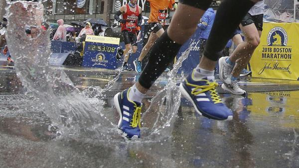 Boston Marathon organizers reverse course, decide to pay this year's top female runners the same as the men