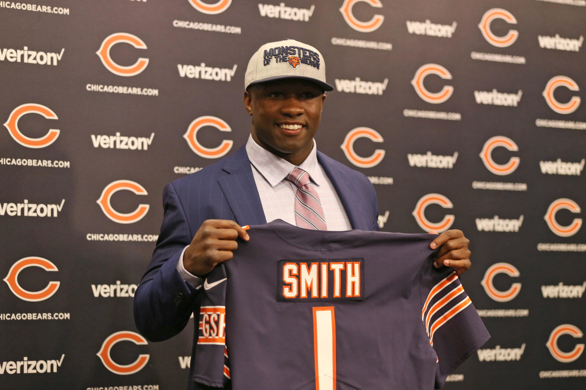 Ct-spt-bears-roquan-smith-stolen-playbook-rosenbloom-20180509
