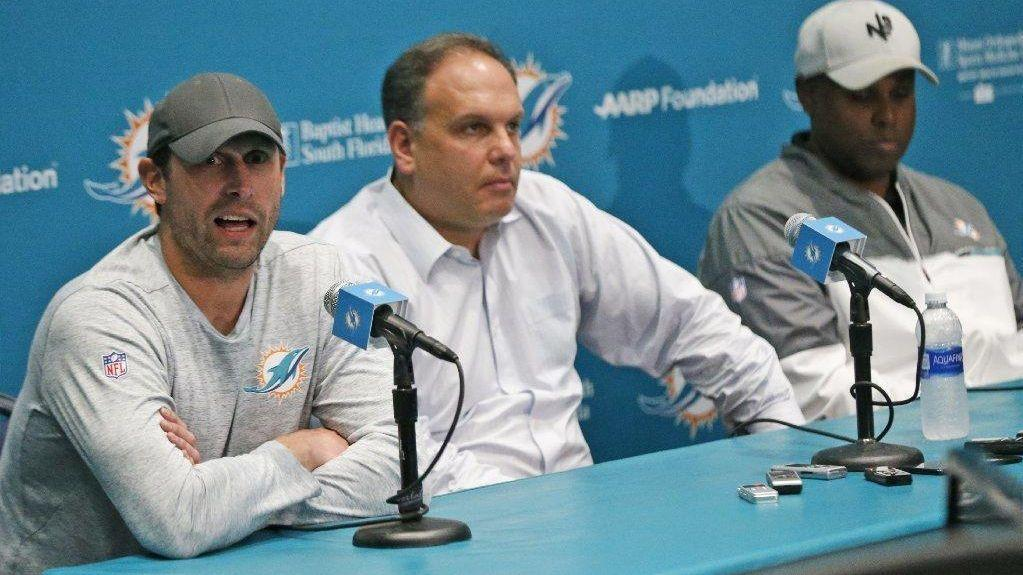 Fl-sp-dolphins-kelly-column-20180510