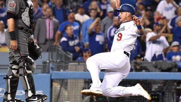 Dodgers get rare win over Diamondbacks, 6-3