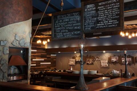InsideMattone Restaurant + Bar,9 E 31st St, La Grange Park, IL 60526.