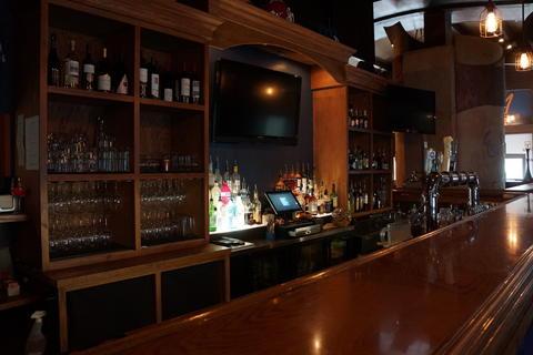 The bar atMattone Restaurant + Bar,9 E 31st St, La Grange Park, IL 60526.