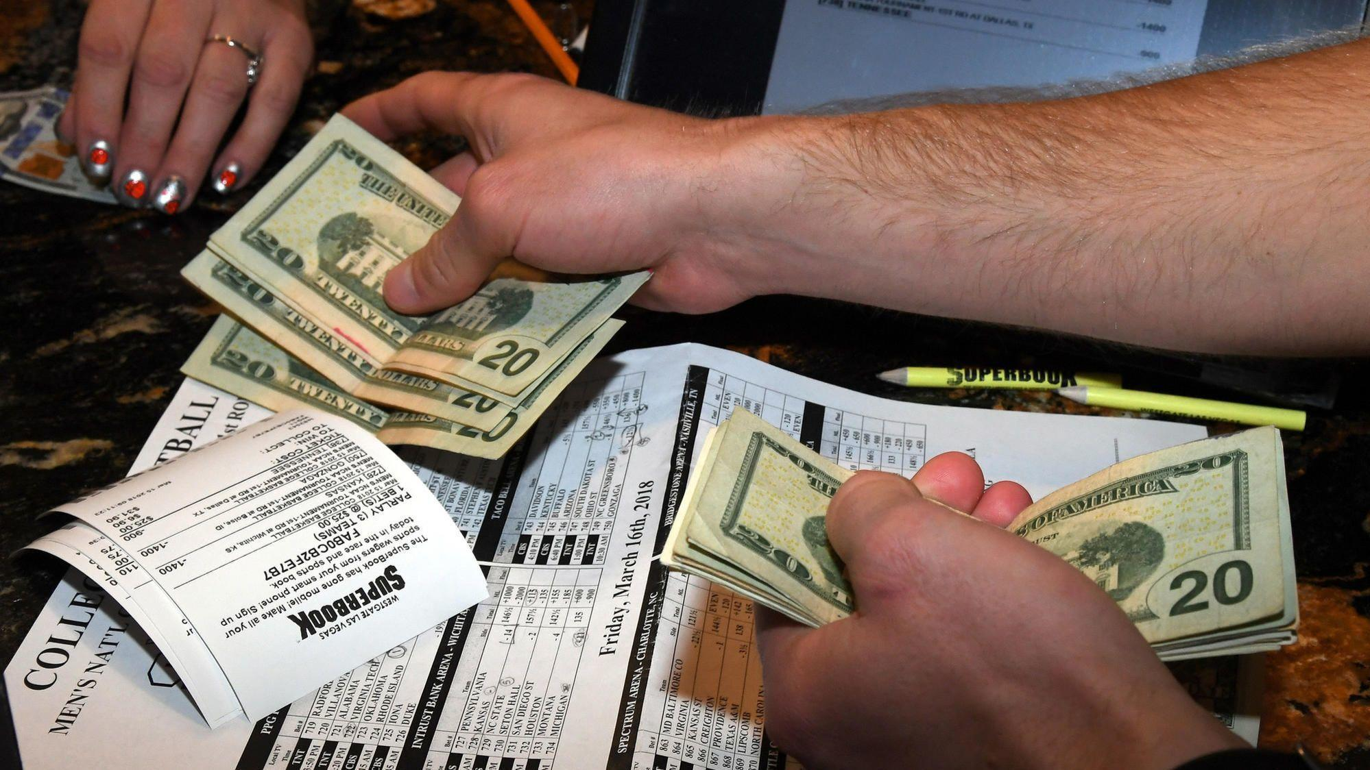 Online sports gambling florida facebook poker lottery game