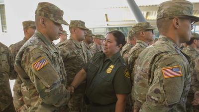 Initial deployment of Guard troops arrives at the California-Mexico border