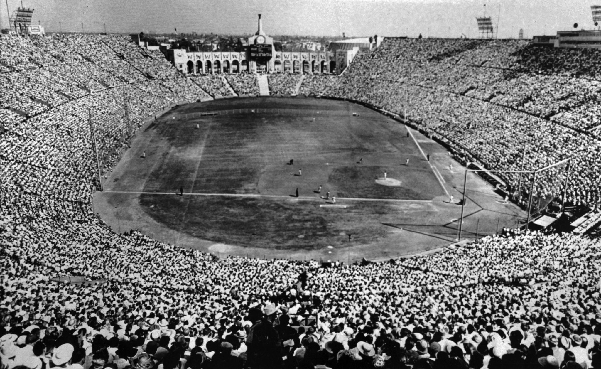 October 6, 1959:The Los Angeles Coliseum duriing the fifth game of the World Series between the Los