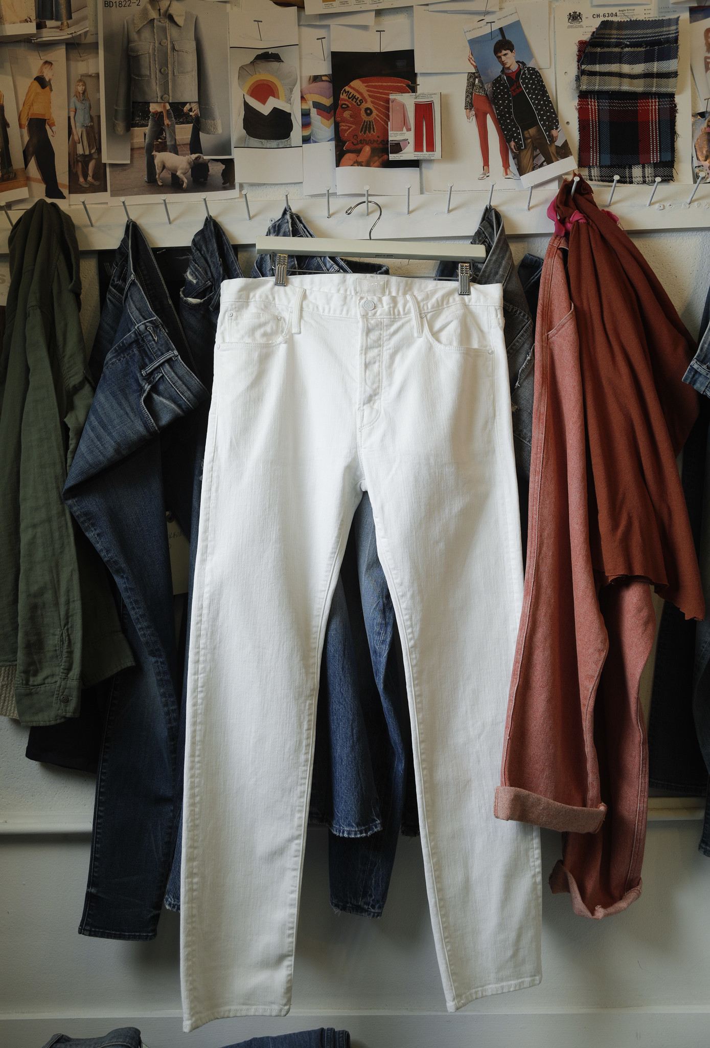 A look at the Chaser white jeans in a wash called Tooth and Nail from Mother