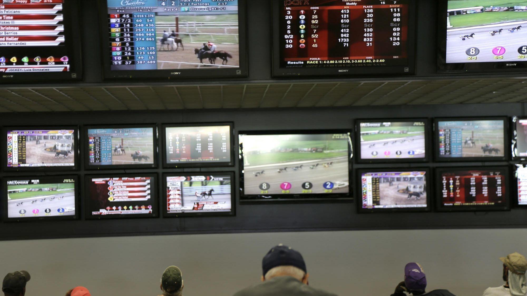 Ct-spt-sports-betting-illinois-integrity-tax-rosenbloom-20180517