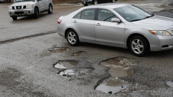 Chicago can't be a 'world-class city' with pot holes