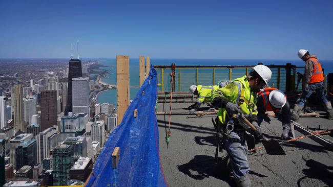 Business news chicago tribune construction at vista tower fandeluxe Images