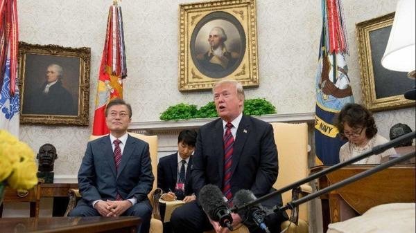 Trump casts doubt on U.S.-North Korea summit as he meets with South Korea's Moon to salvage it
