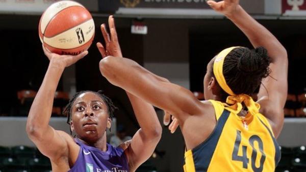 Shorthanded Sparks keep Fever winless, 87-70