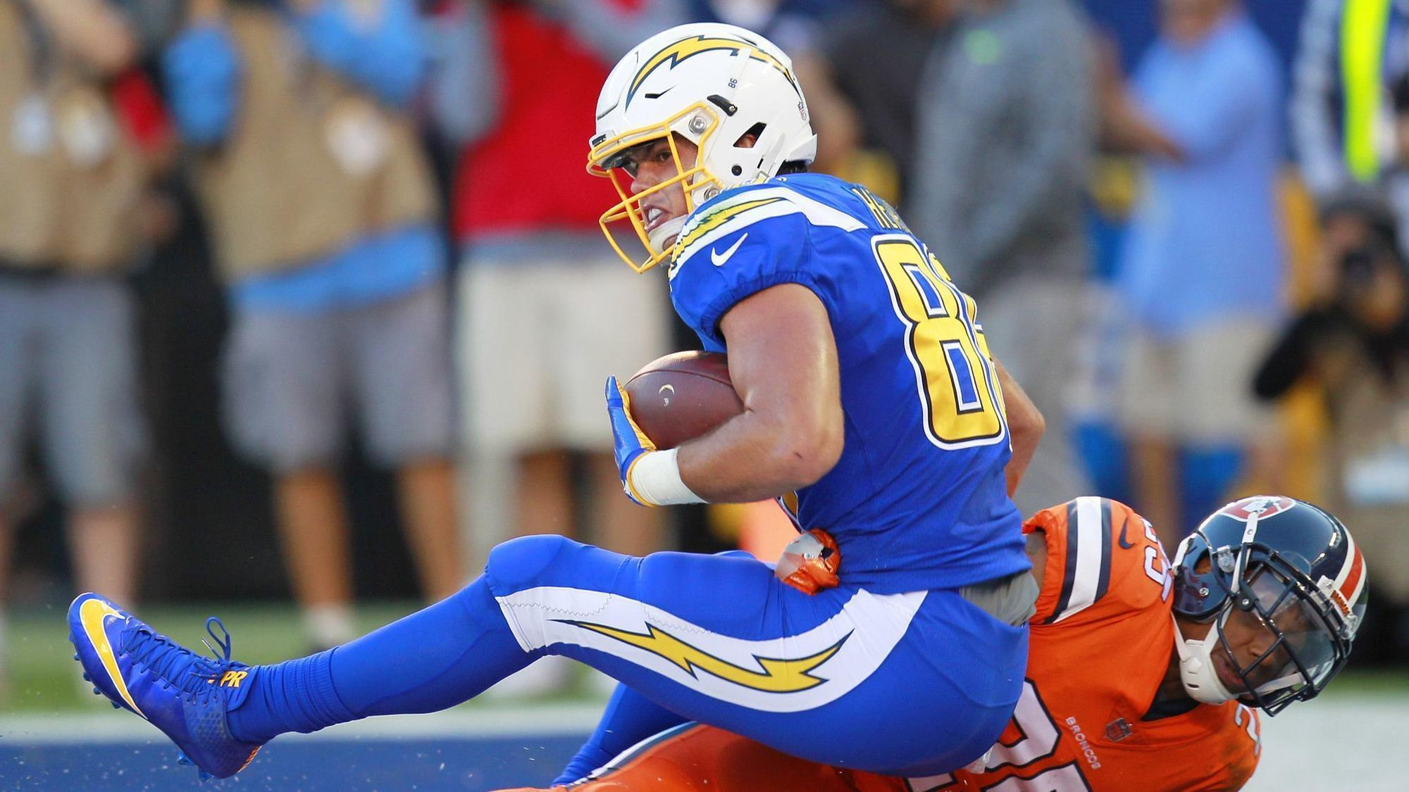 Sd-sp-chargers-hunter-henry-injury-tight-end-antonio-gates-20180523