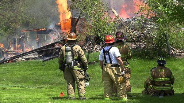Blaze destroys home in Wadsworth while brush fire fought in nearby Zion | Chicago Tribune