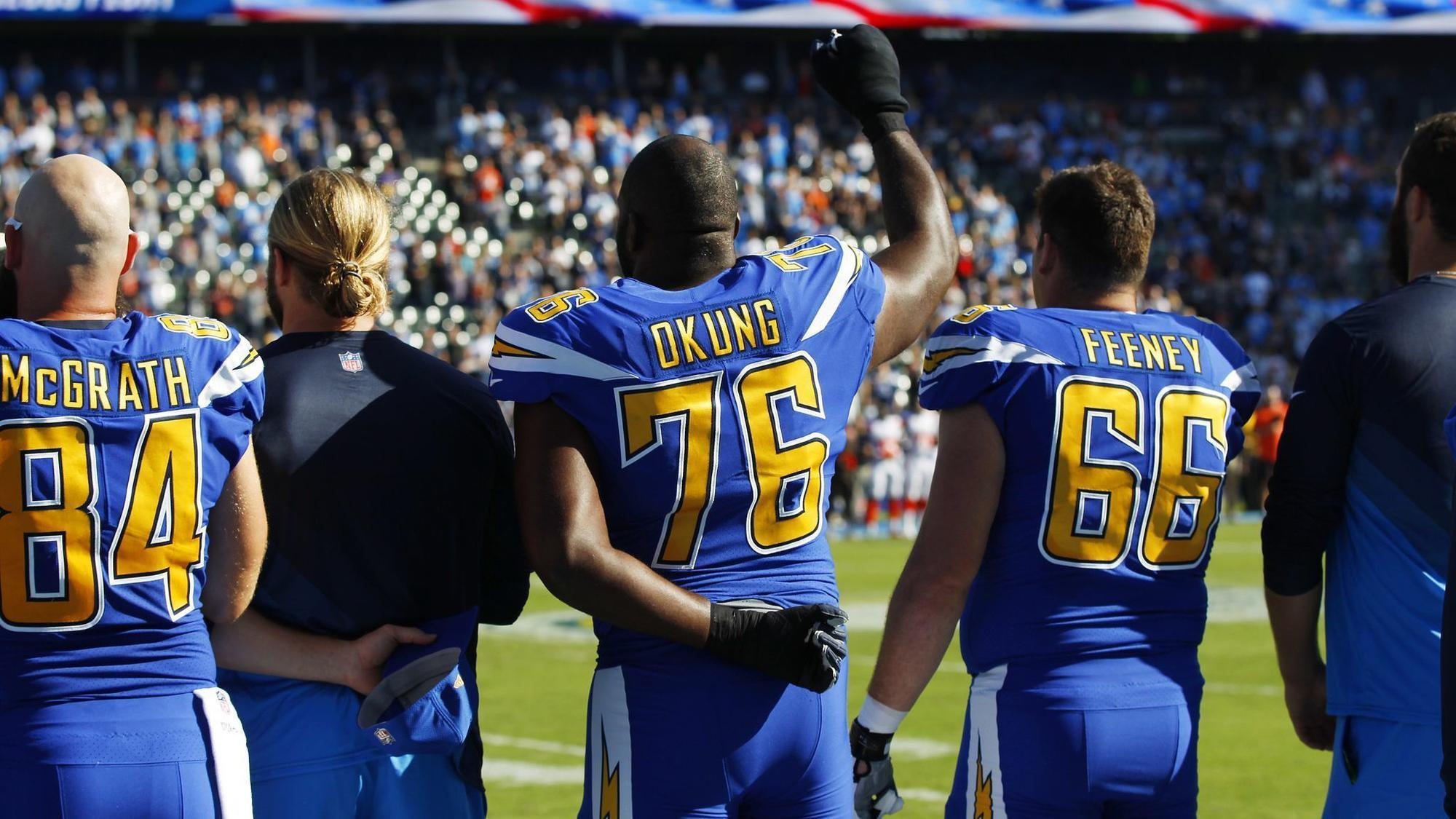Sd-sp-chargers-okung-national-anthem-nfl-policy-20180530