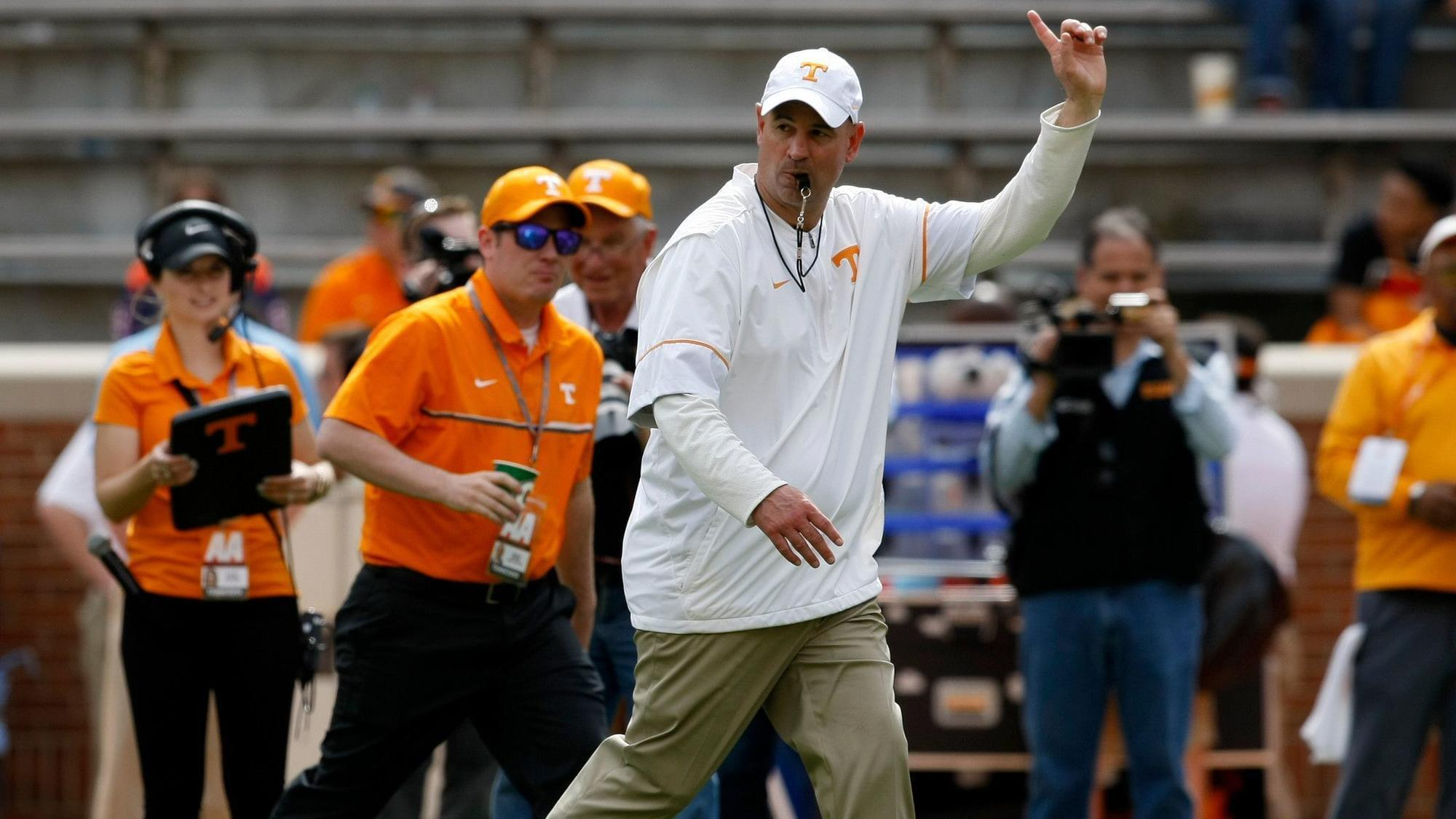 Os-sp-college-football-rankings-tennessee-0531