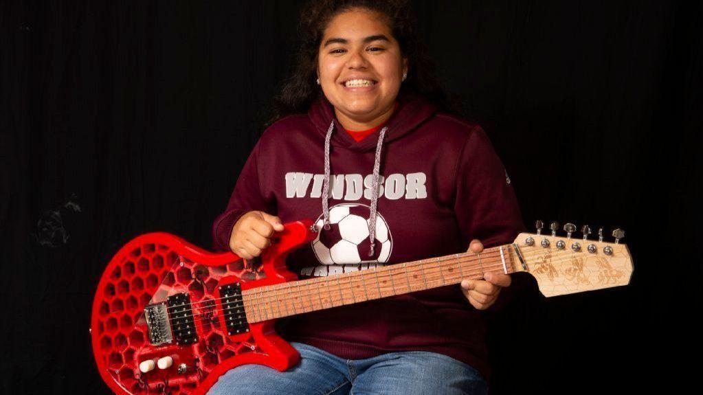 Windsor High School Student Wins Award for Designing 3D-printed Guitar | Hartford Courant