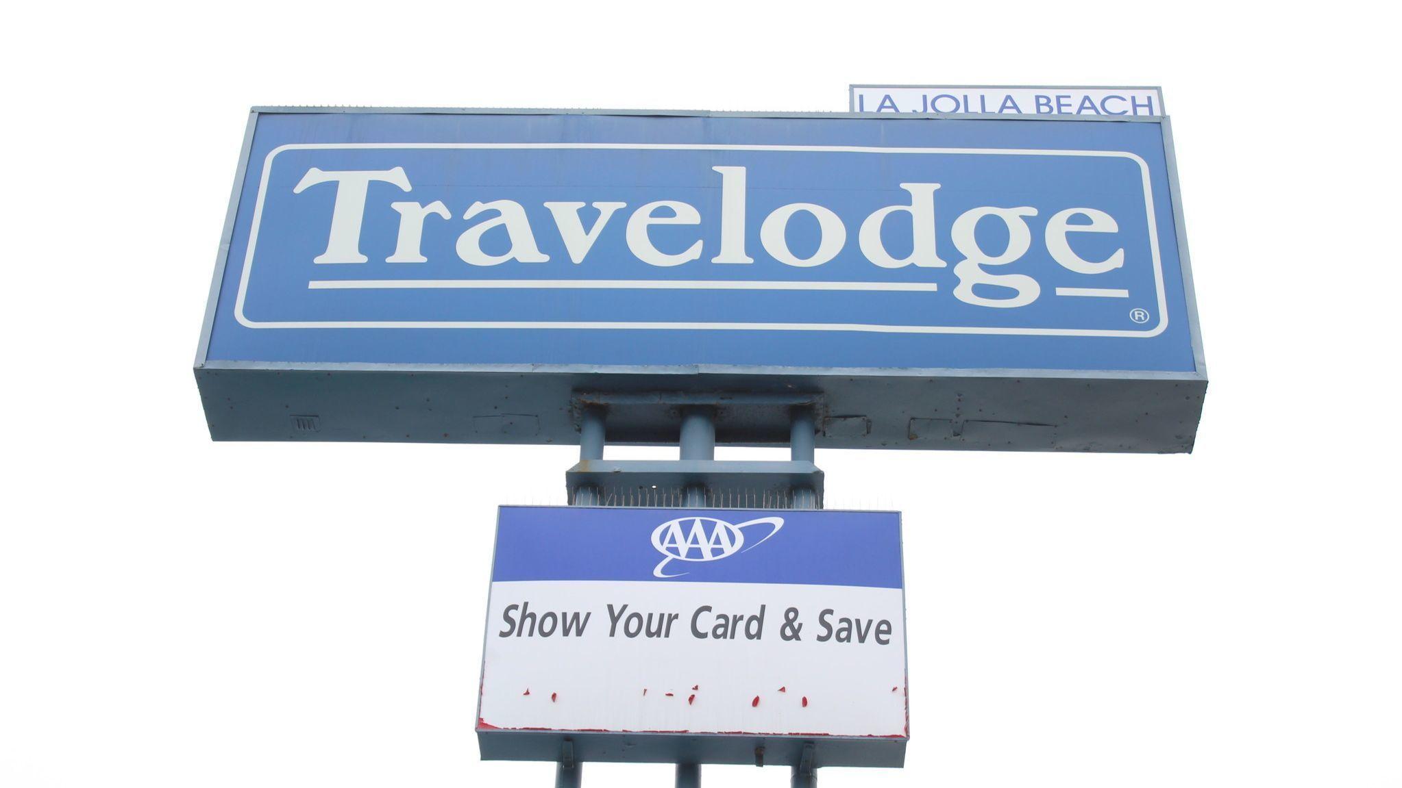 The iconic La Jolla Travelodge sign enjoys its last days.