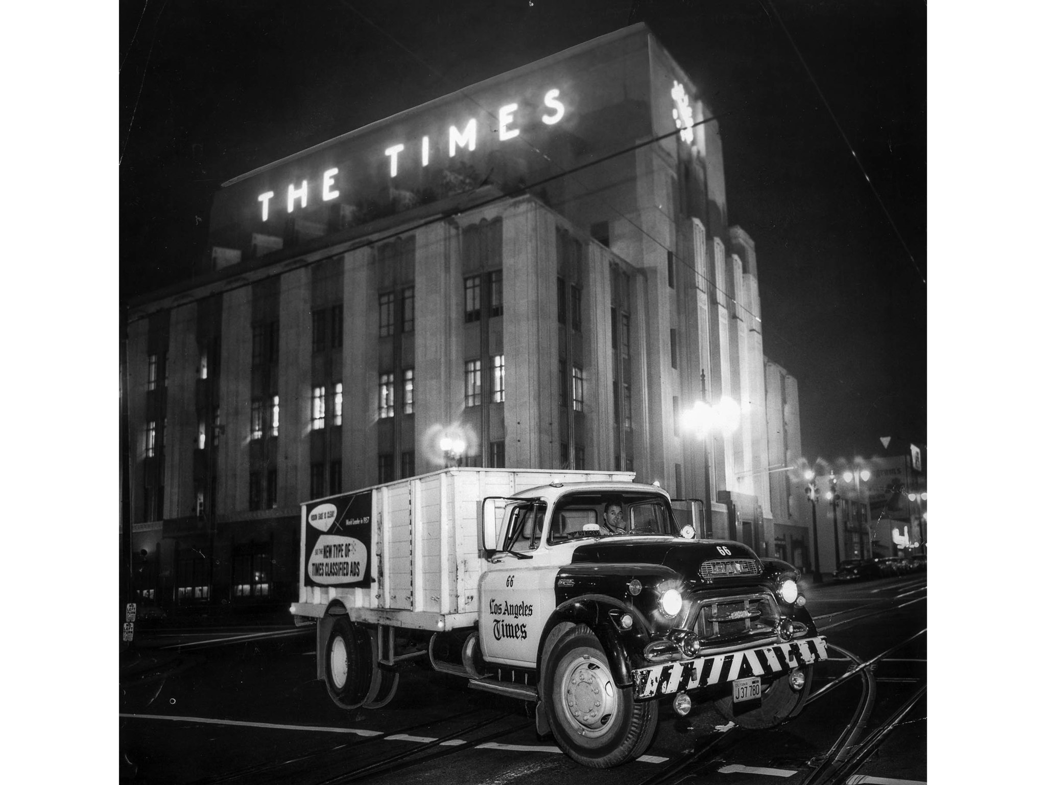 Dec. 1, 1957: Los Angeles Times truck, one of a fleet of 70, leaves the Times building with five ton