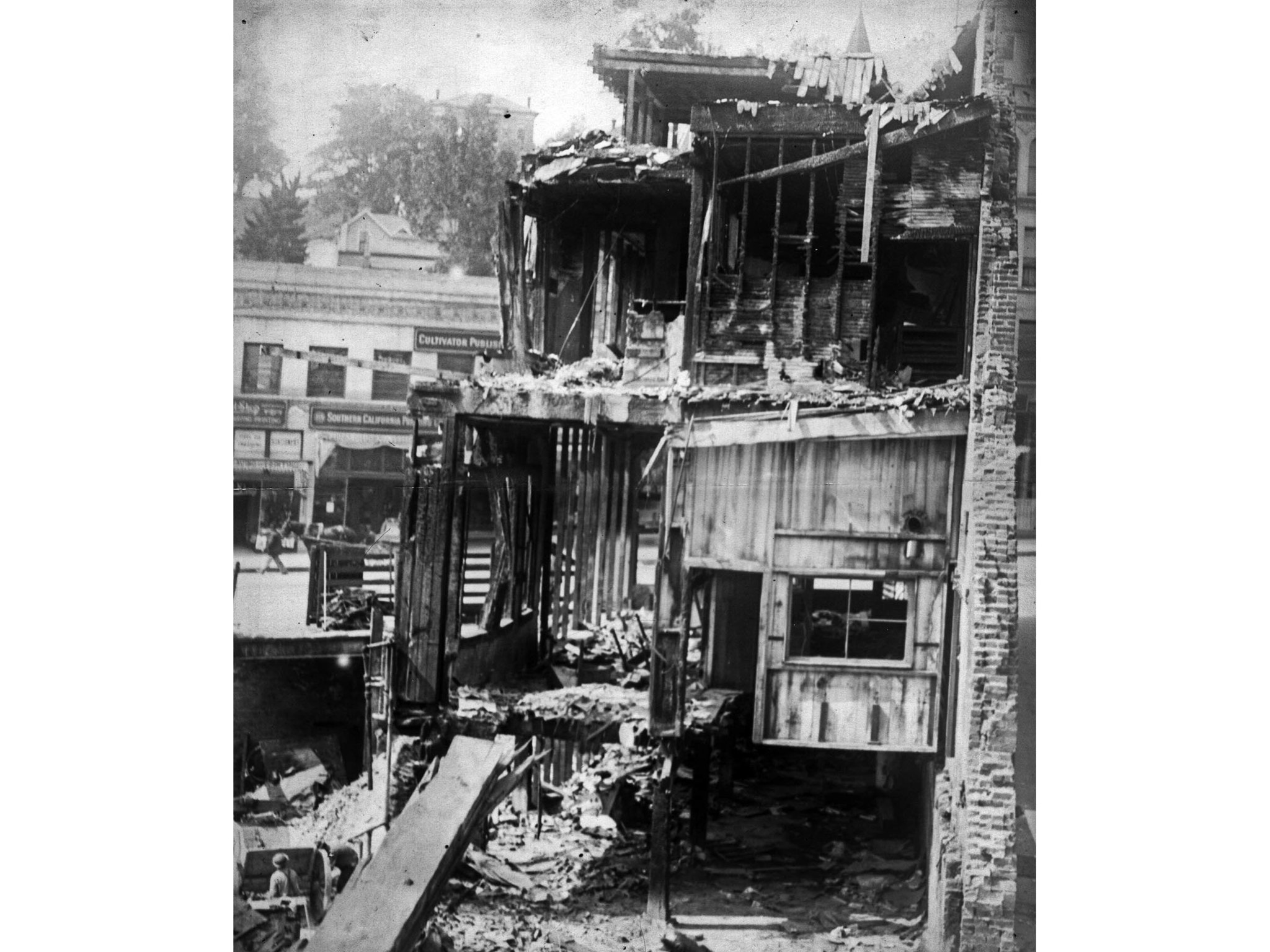 Oct. 1910: Los Angeles Times building after the Oct. 1, 1910, bombing.