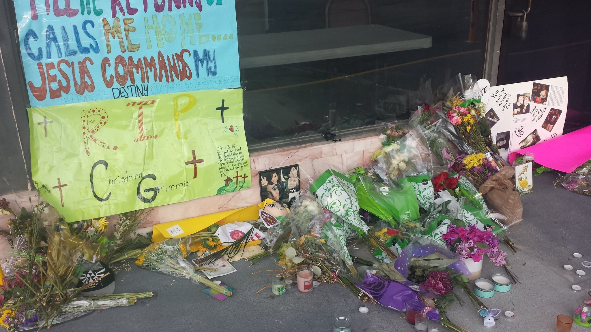 Christina Grimmie memorial at The Plaza Live