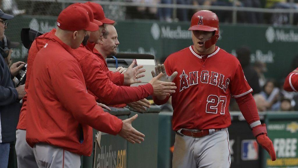 Early Oakland errors make it easy for Skaggs