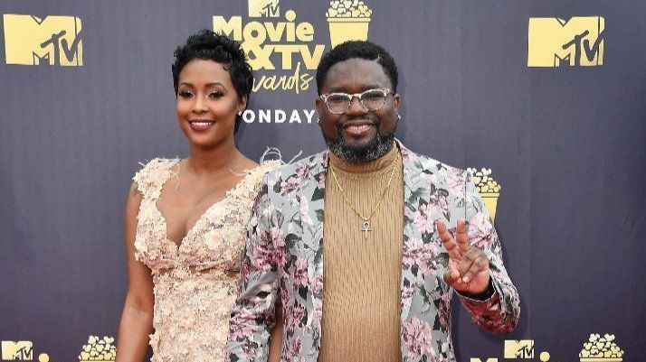 Lil Rel Howery supports black press on MTV Movie and TV Awards red carpet