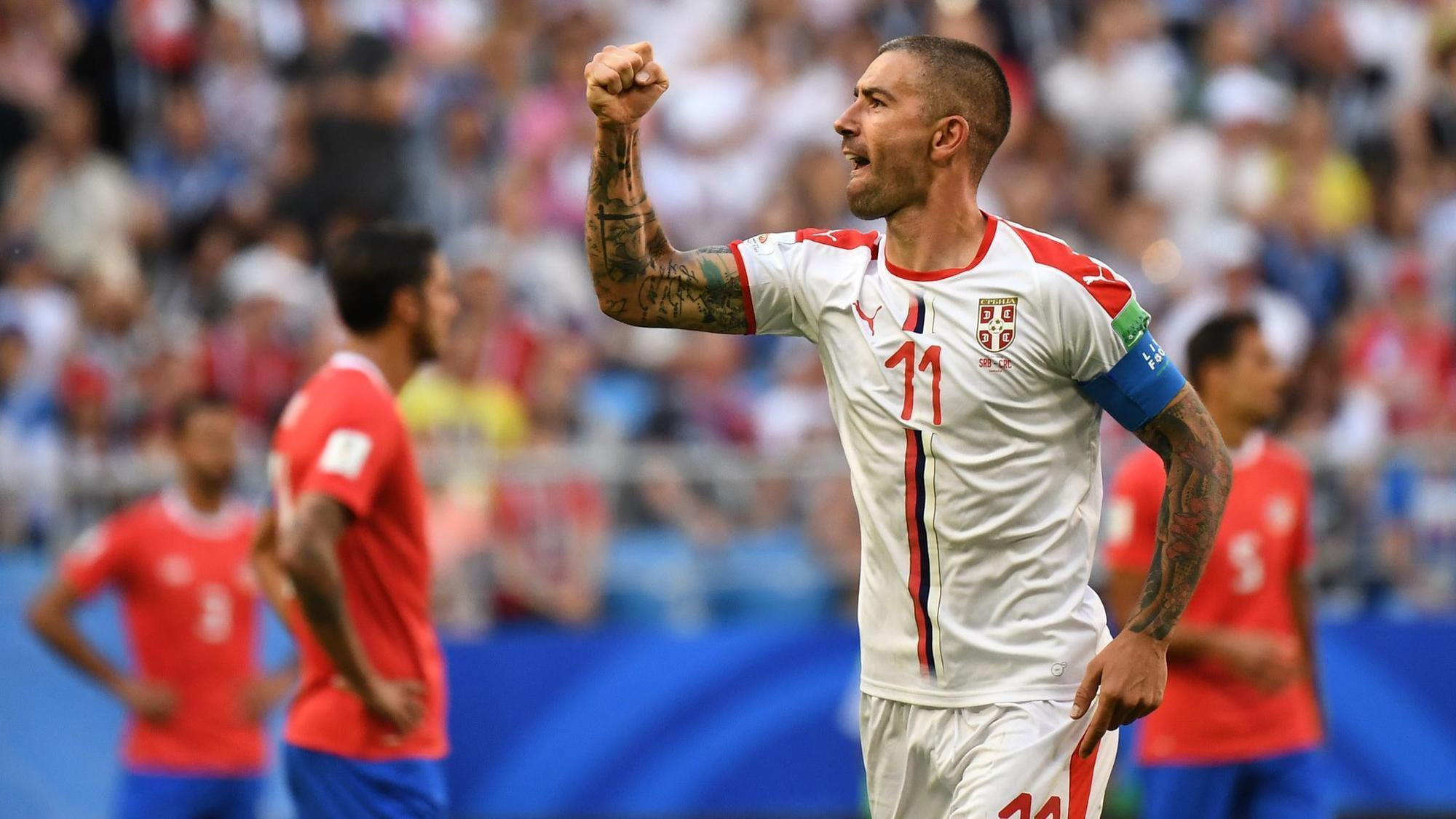 http://www.trbimg.com/img-5b26a055/turbine/ct-90mins-serbia-defeat-costa-rica-on-kolarov-free-kick-goal-20180617