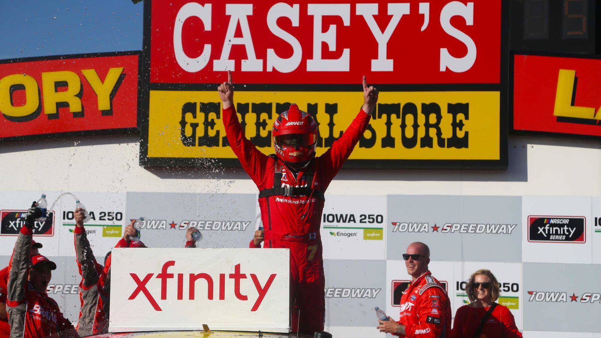 Justin Allgaier wins Xfinity race at Iowa