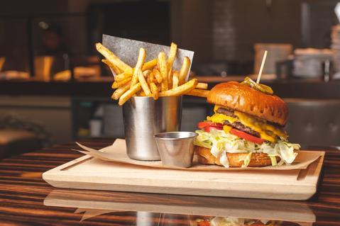 Grilled hamburger atRoanoke.