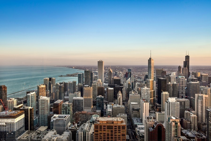 A not-too-touristy Chicago summer bucket list