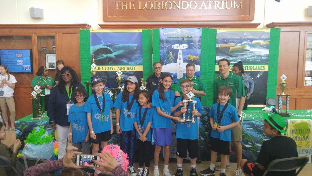 St. Louis School team dives into robotics challenge [Clarksville]