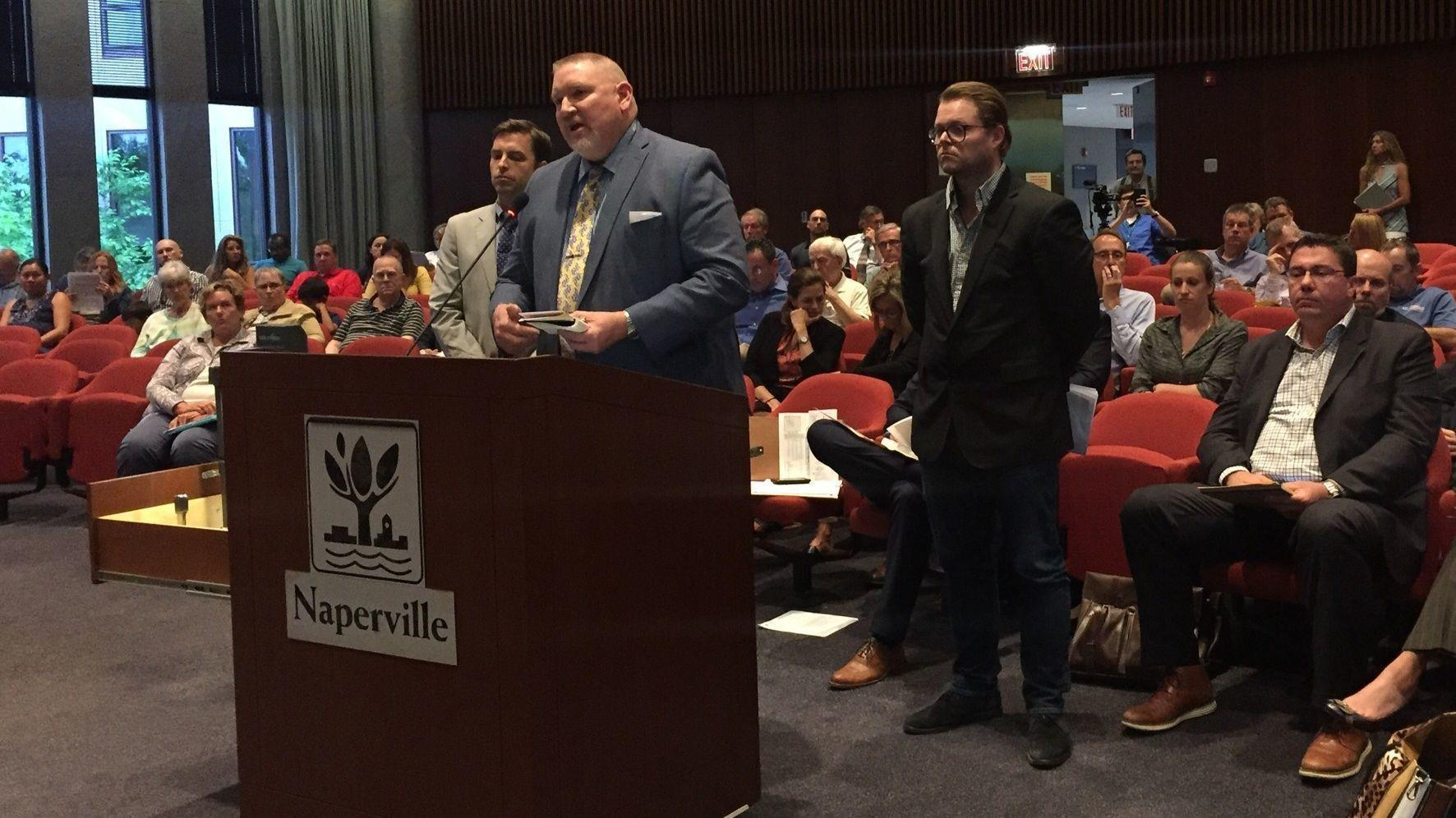 Hockey/entertainment center north of I-88 a 'great addition' to Naperville, commission says