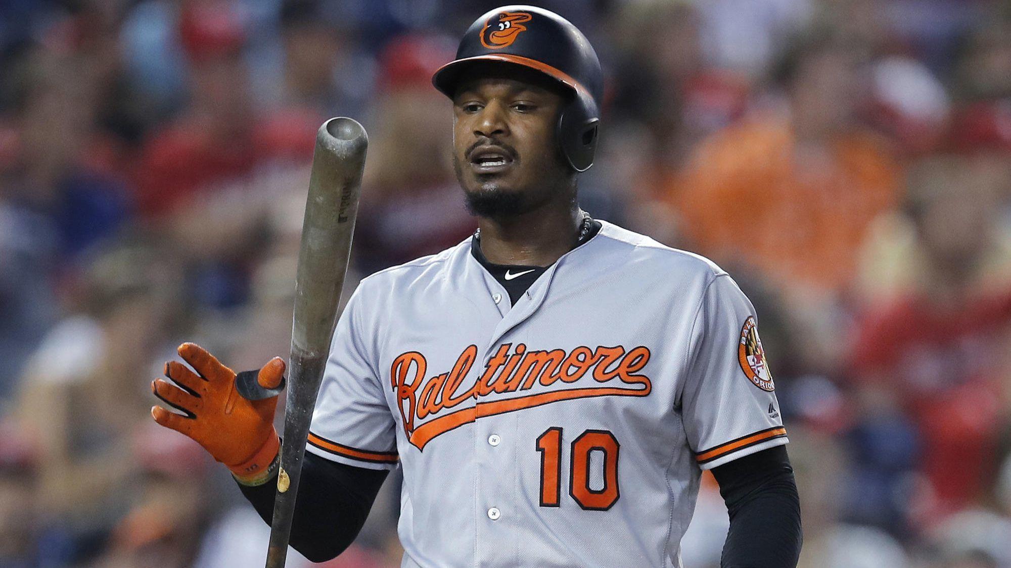 Orioles' Adam Jones pe...