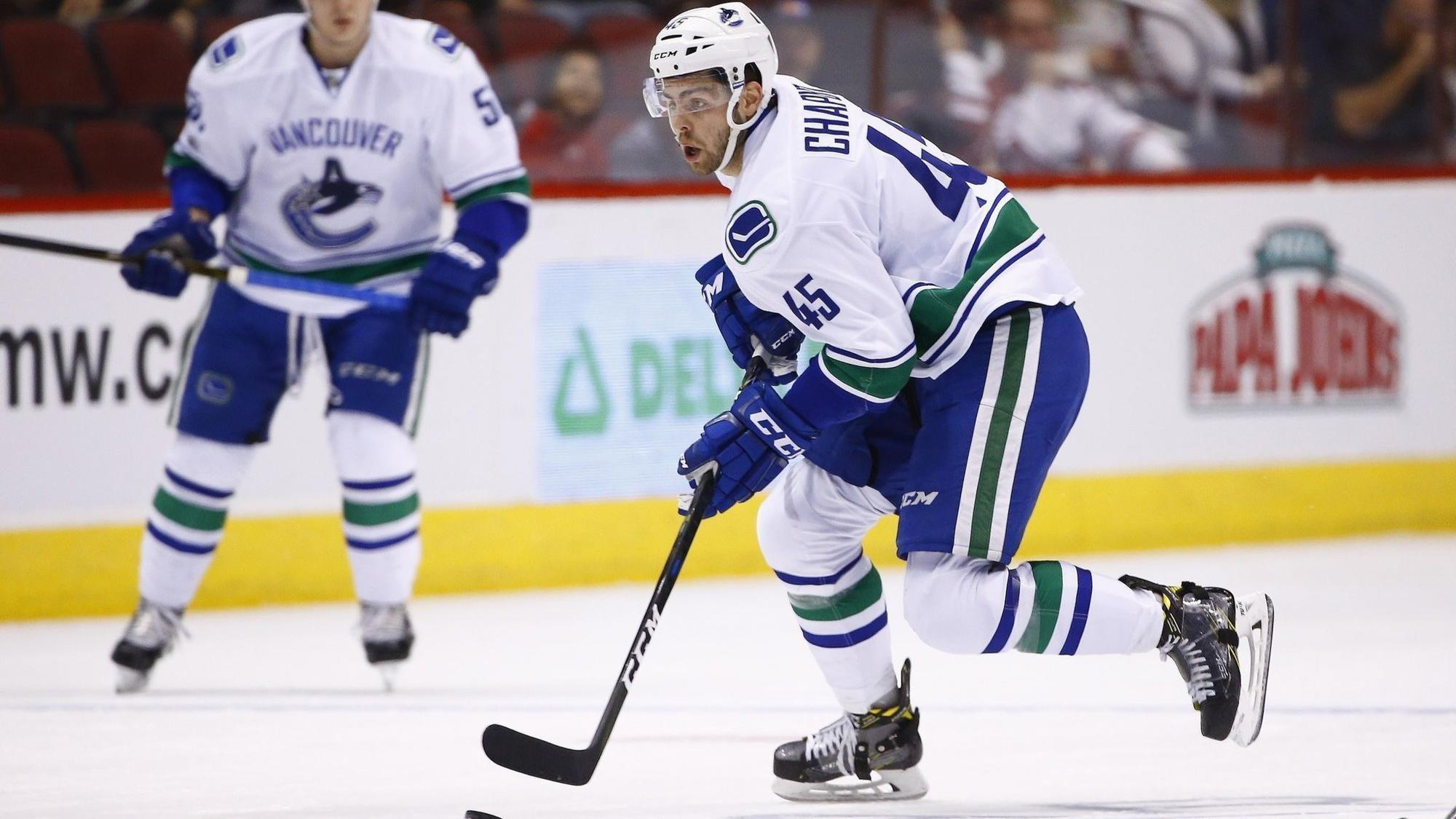 Blackhawks acquire Michael Chaput from Canucks for Tanner Kero