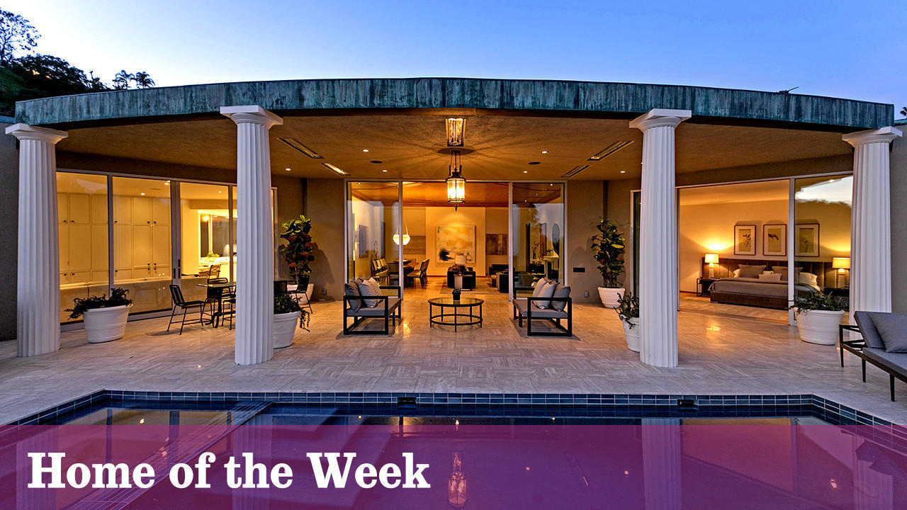 Home of the Week: In Beverly Hills, a Hollywood Regency readies for another star turn