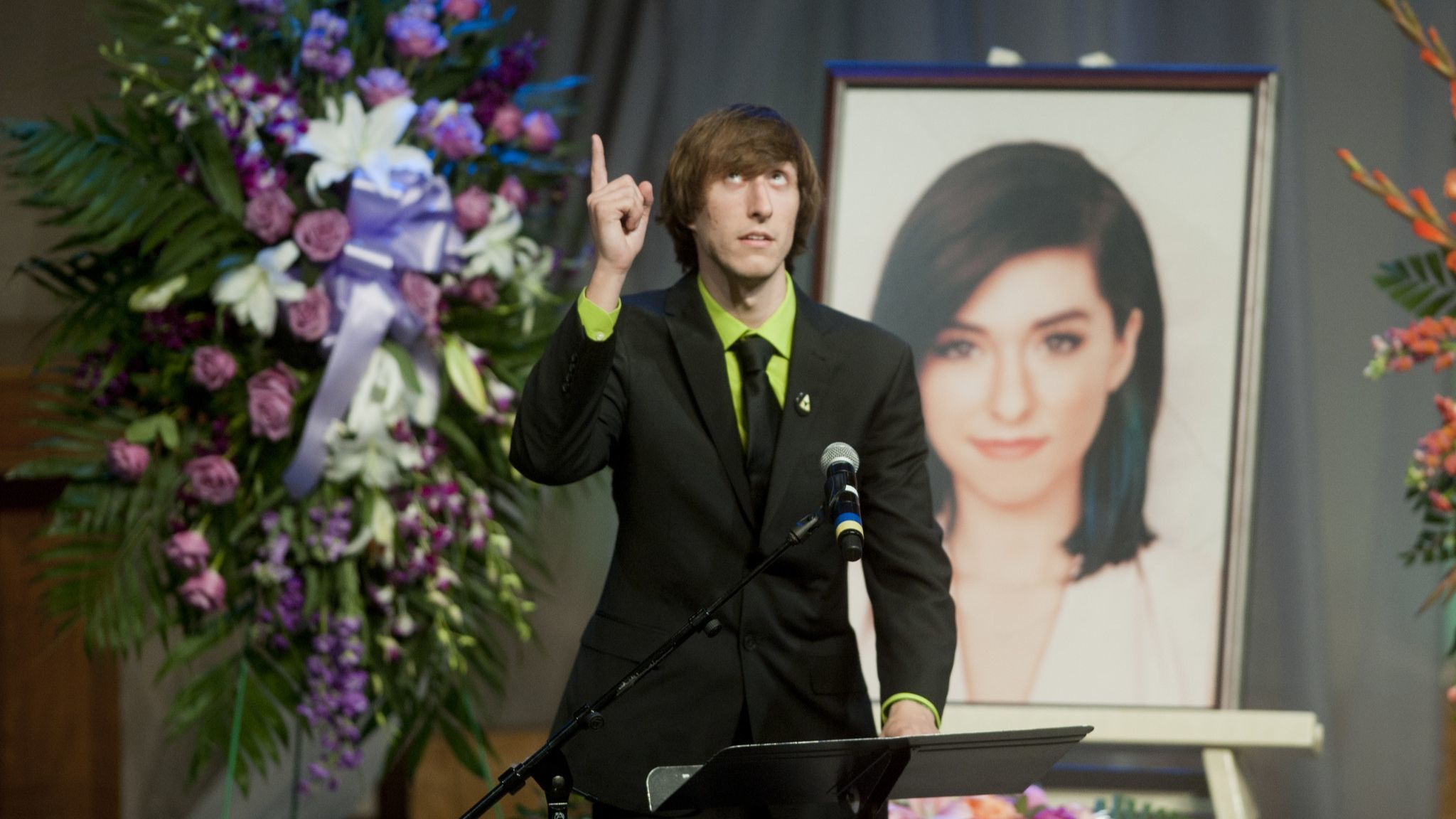 Marcus Grimmie, Christina Grimmie's brother, tells his sister that he loves her as he speaks during