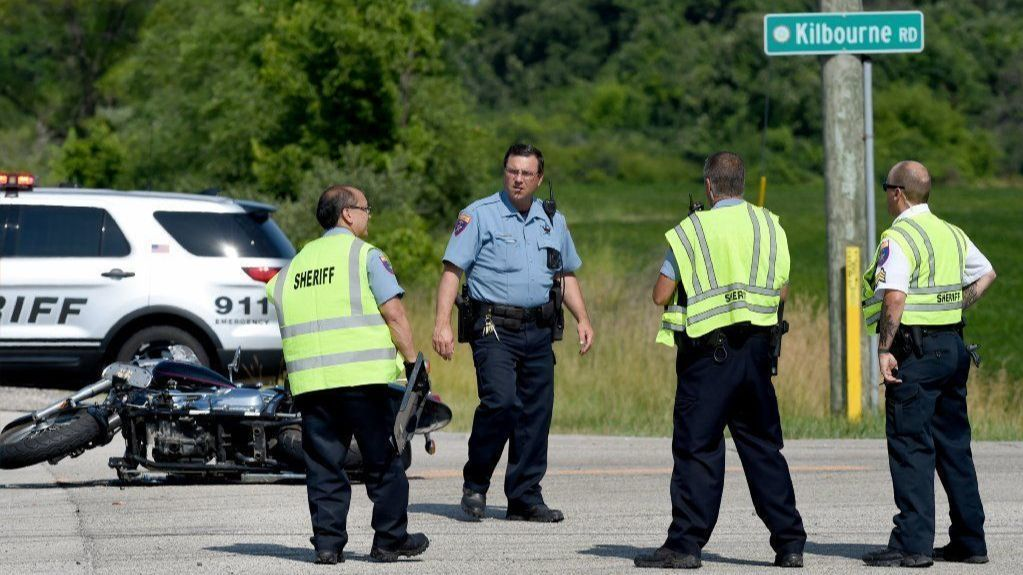 Man dies in Antioch Township crash Friday; second motorcycle death in Lake County this week | Chicago Tribune