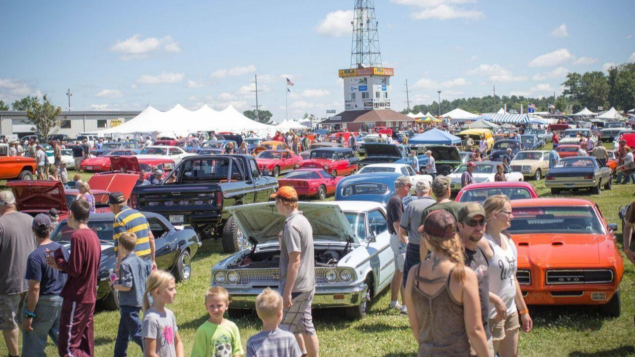 Largest Car Show In The Midwest Touches Down In Wisconsin Chicago - Iola car show