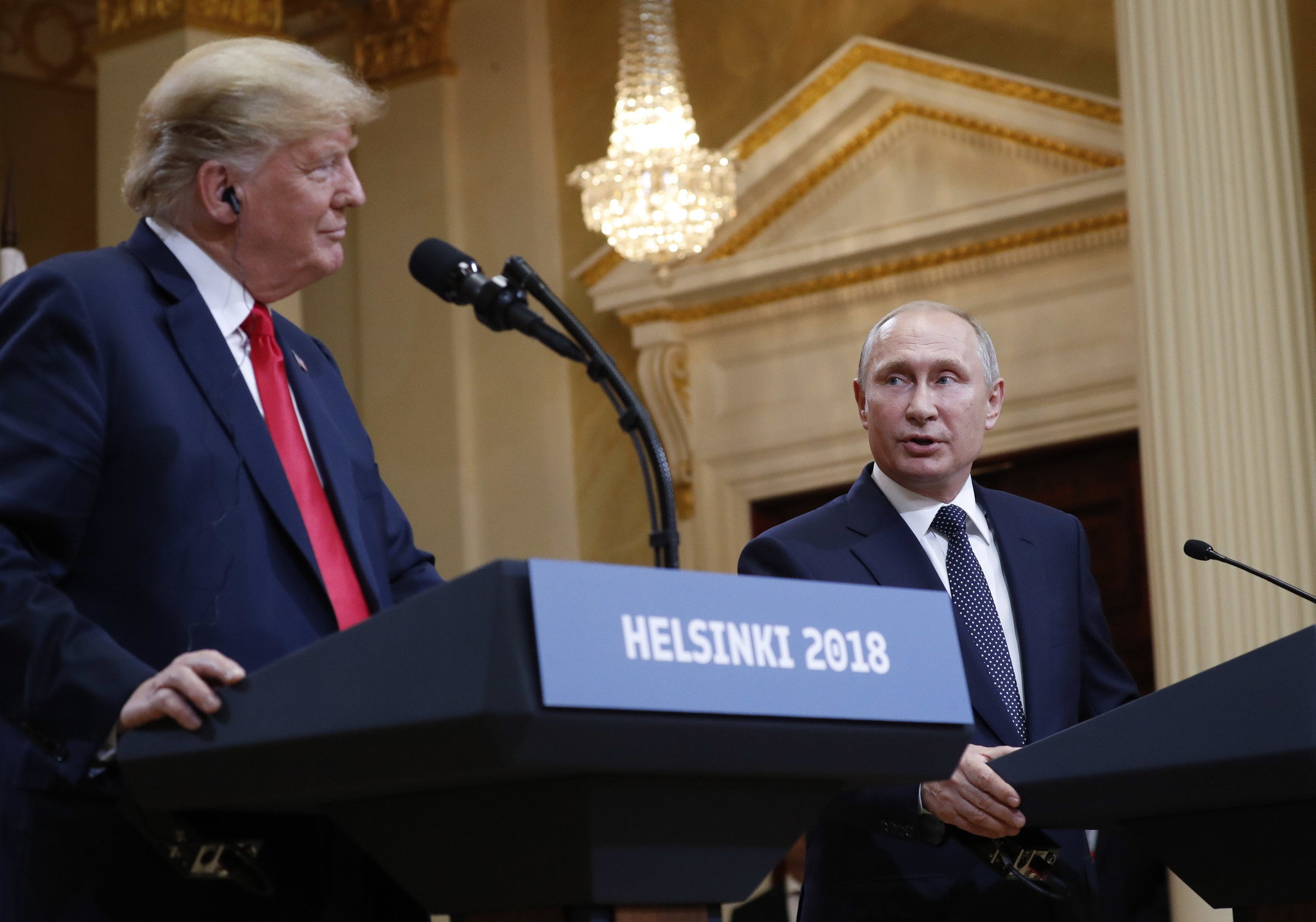 'Very much counter to the plan': Trump defies advisers in embrace of Putin | San Diego Union Tribune