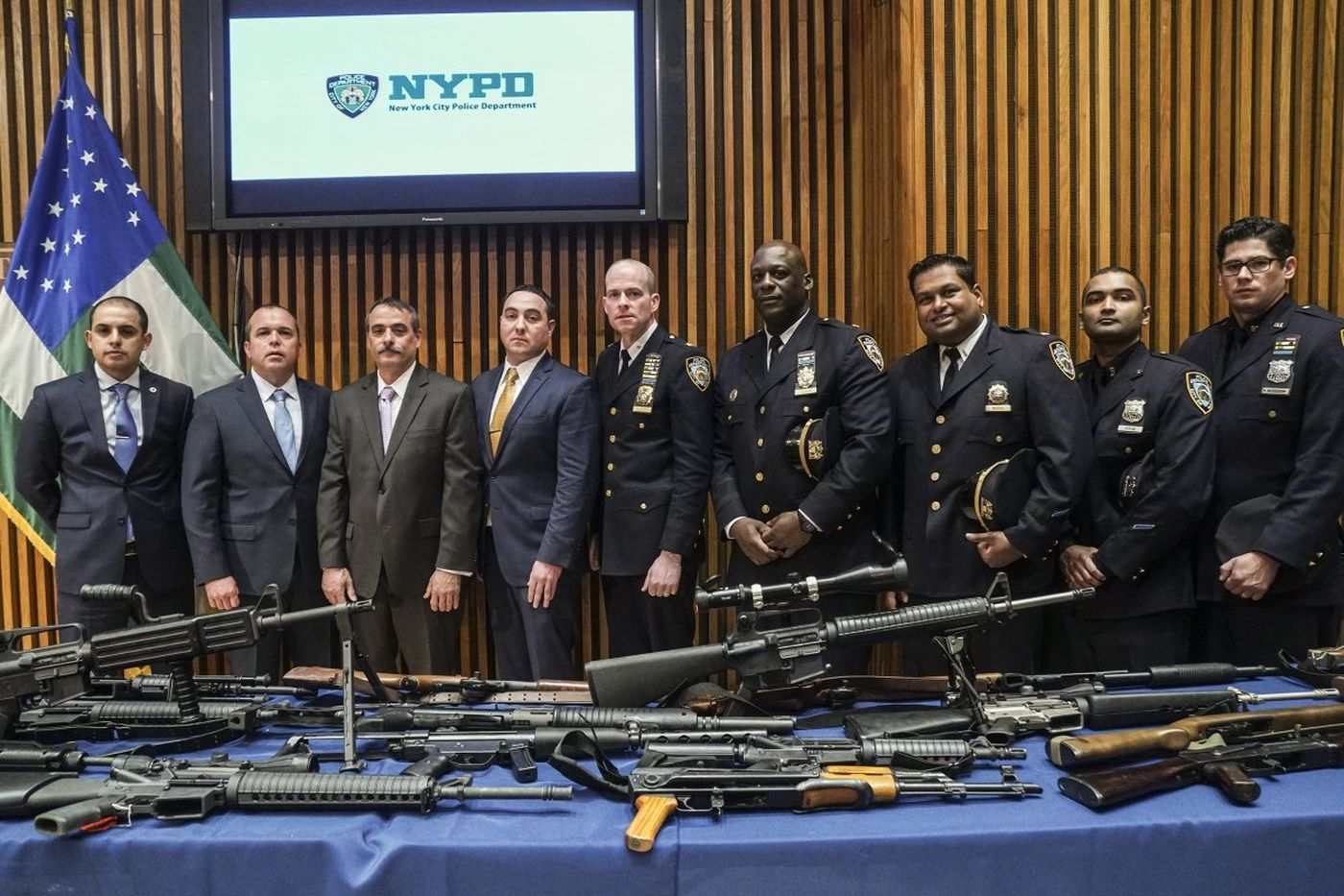 Gun hoarder in more trouble as shotguns and rifles found in storage facility | New York Daily News