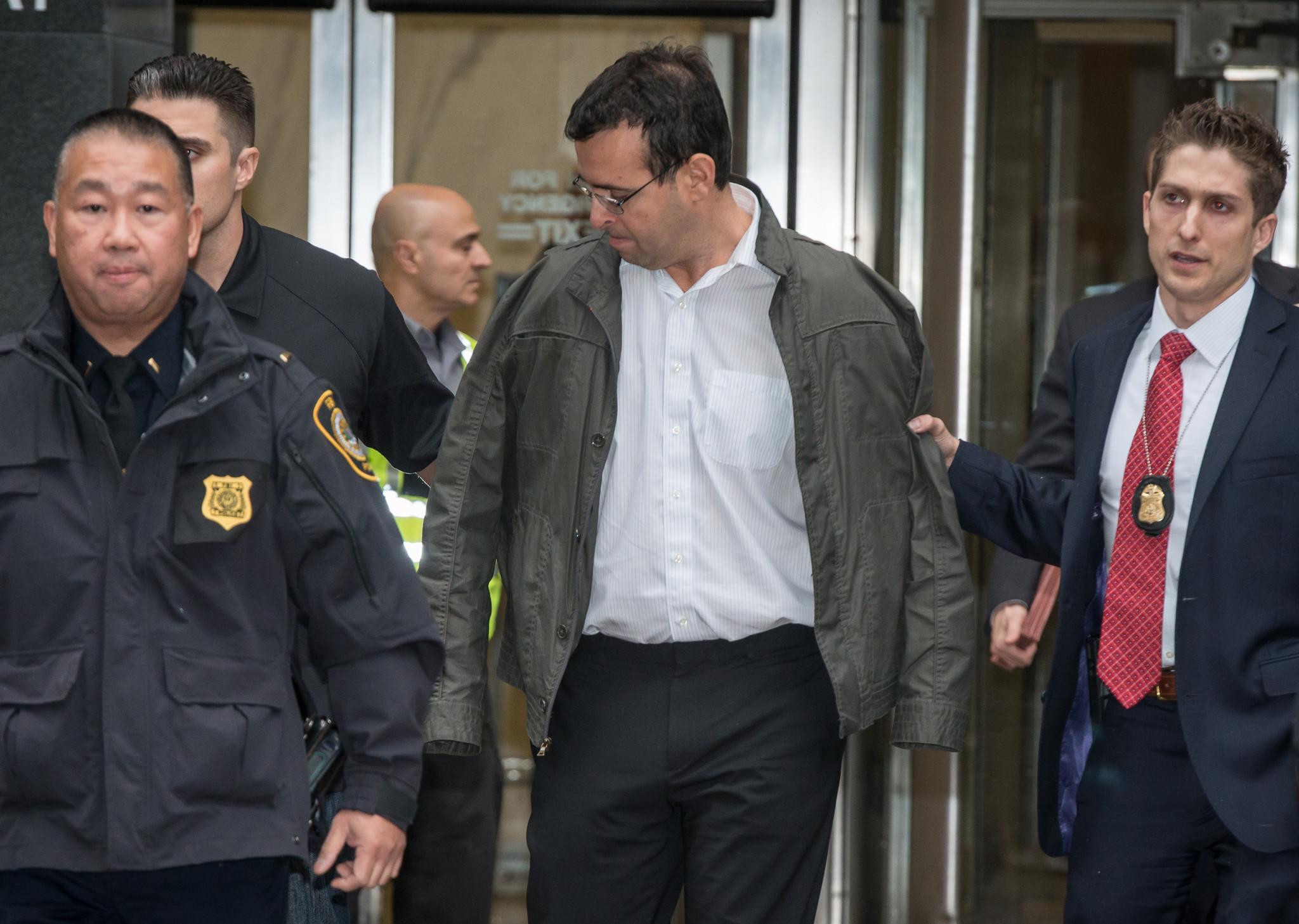 Martin Shkreli's lawyer wants no prison time, says 'Pharma Bro' was mastermind behind fraud crimes | New York Daily News