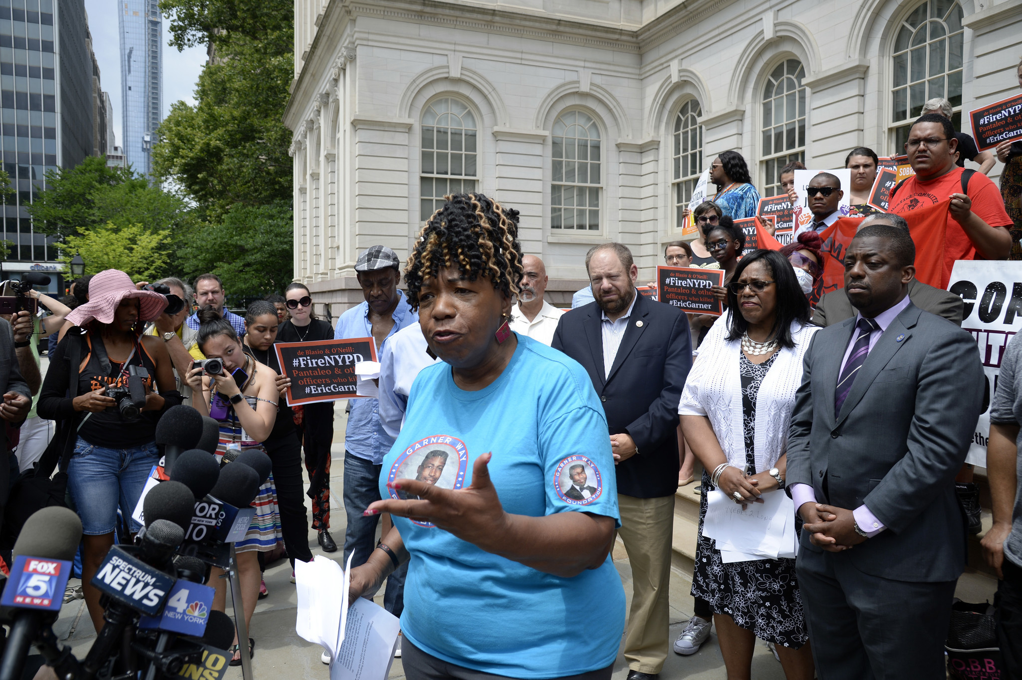 Eric Garner's mom still outraged, still waiting for justice four years down the road | New York Daily News