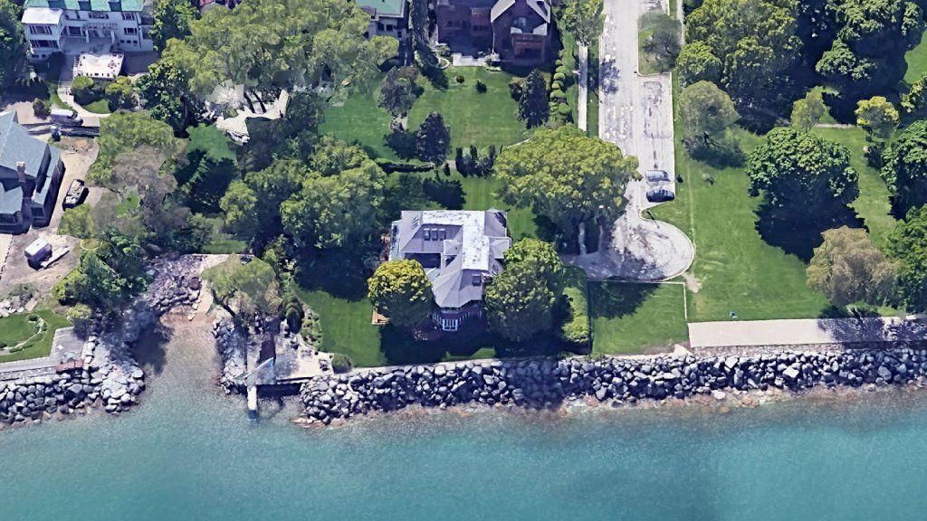 Cubs' Yu Darvish wants a 6-ft. fence around his new lakefront mansion. Evanston says not so fast.