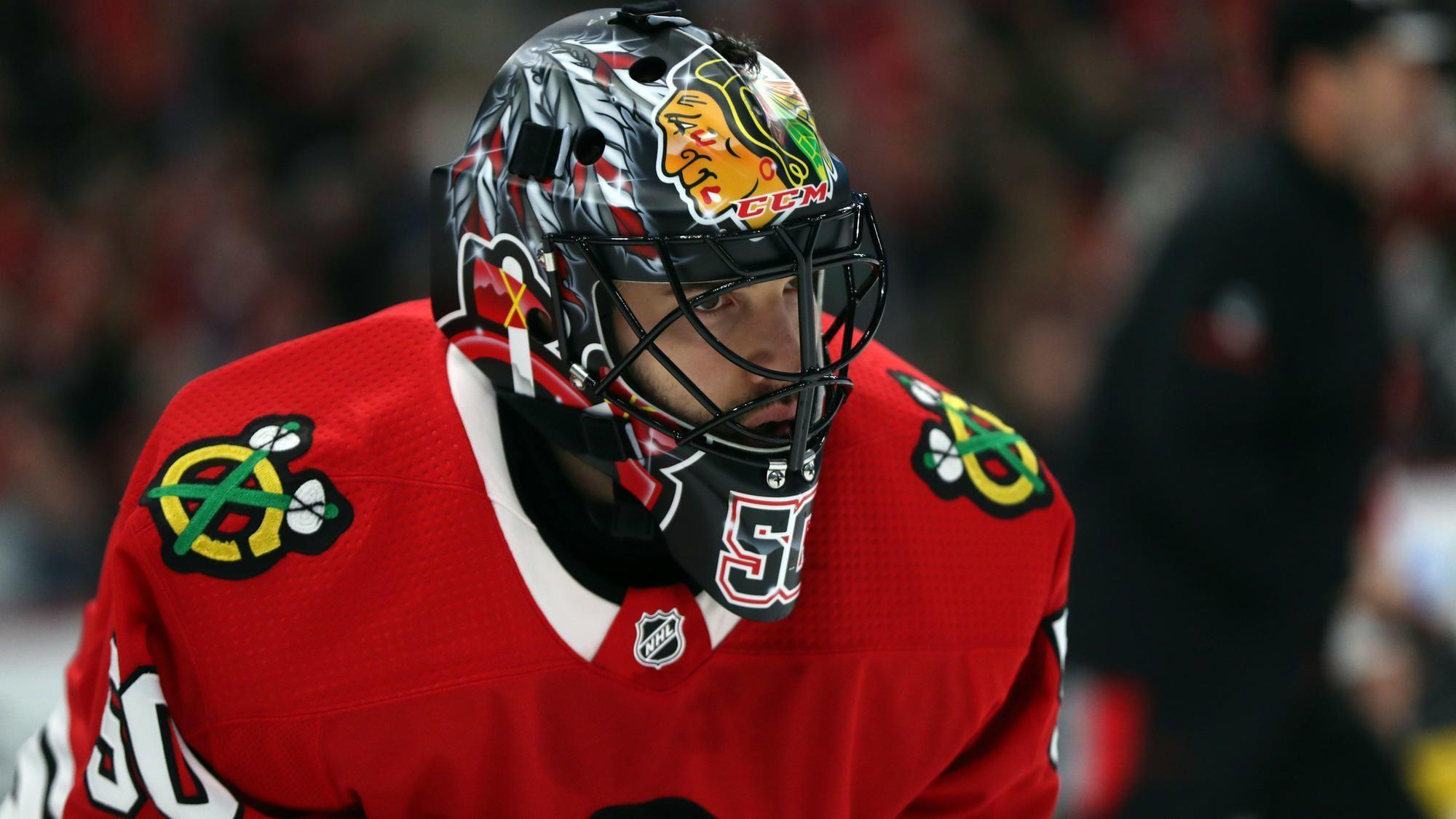 Ct-spt-blackhawks-stan-bowman-corey-crawford-20180718