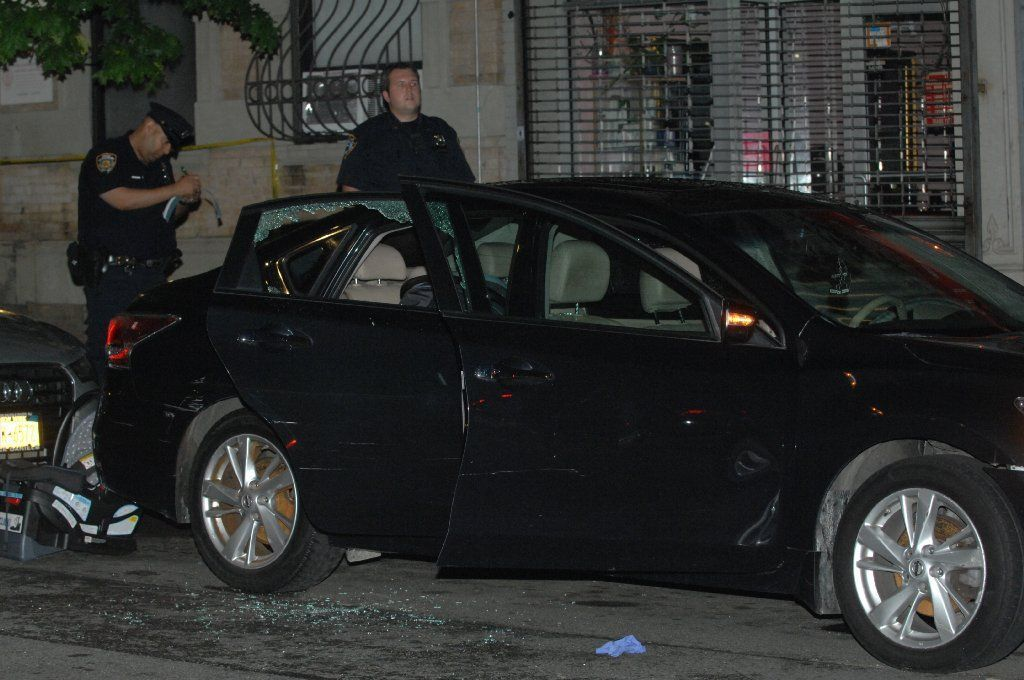 Man shot to death in car on Harlem street | New York Daily News