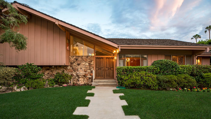 The Brady Bunch house in Studio City | Hot Property