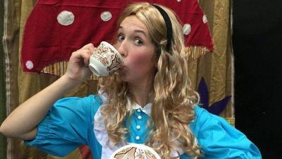 Children's production of 'Alice in Wonderland' comes to Downing-Gross