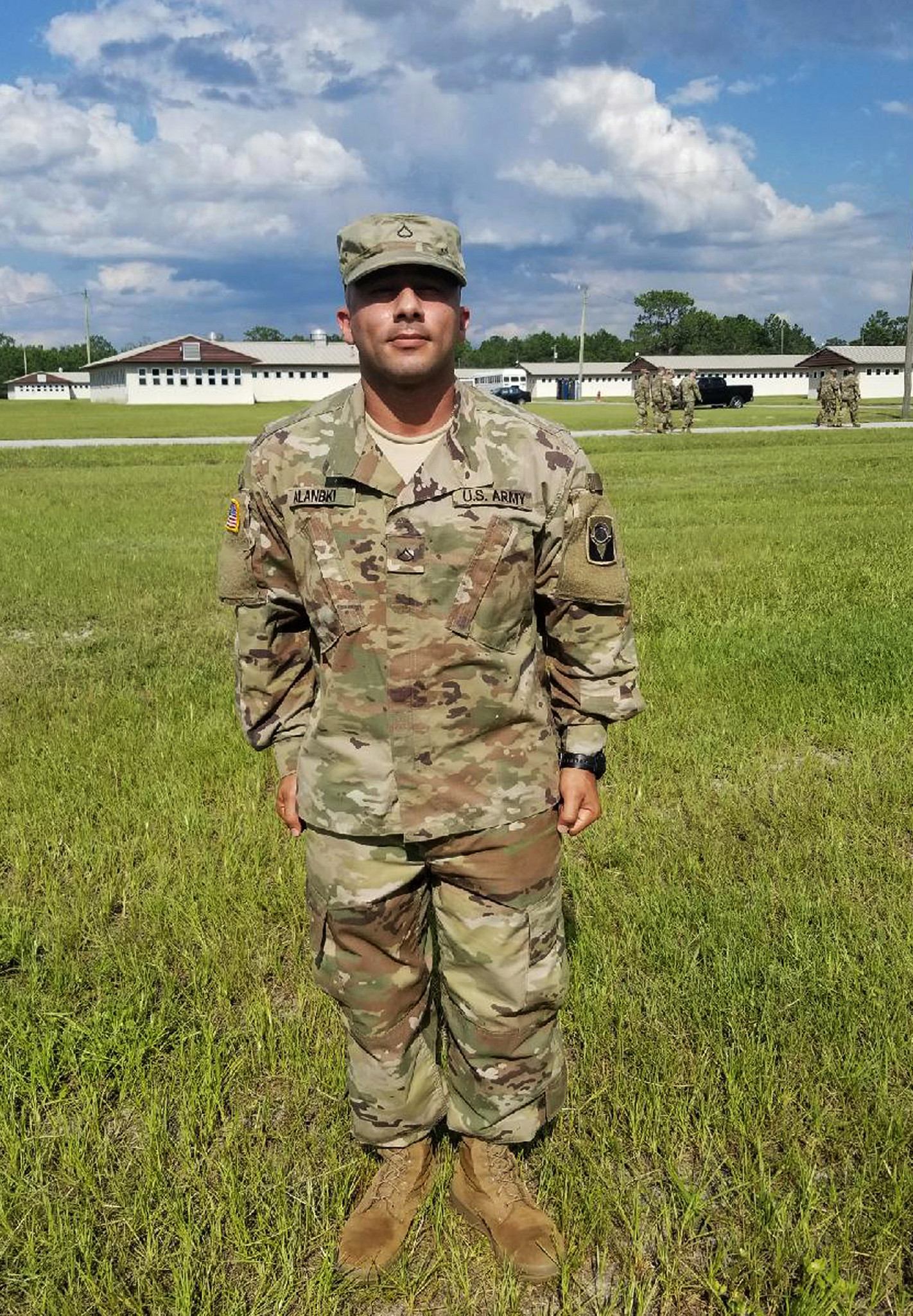 Florida soldier wounded in Iraq says path to citizenship blocked by government