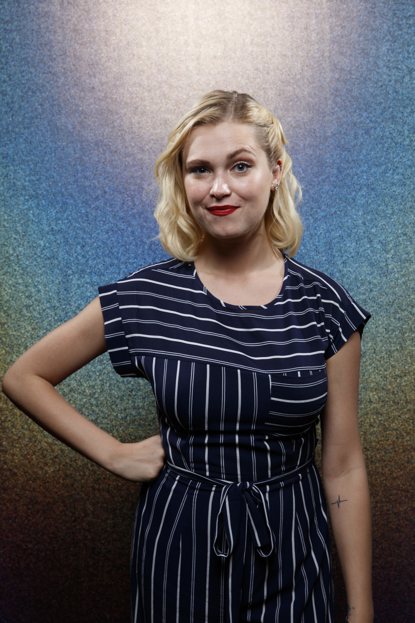 """SAN DIEGO, CALIF. -- JULY 21, 2018-- (L-R)- Eliza Taylor from the television series """"The 100,"""" phot"""